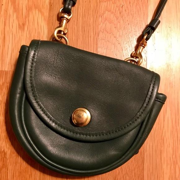 172038ce7e722 Coach Handbags - Emerald Green Leather Coach Crossbody Bag! Great!